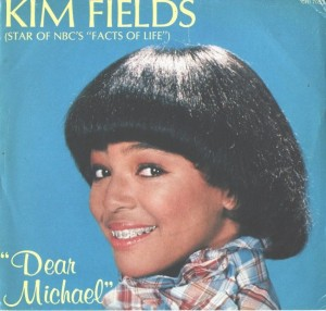 "Kim Fields sings ""Dear Michael"""