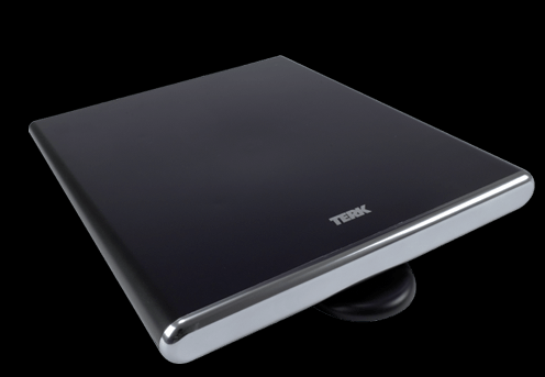 The Terk amplified omni-directional digital flat antenna