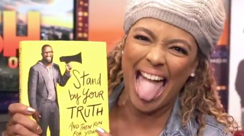 Kim Fields hams it up as she promotes Rickey Smiley's new book